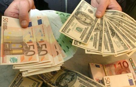 Информационная война евро и доллара