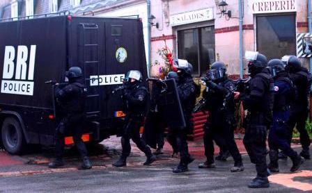 Захват заложников в Греции: история одной провокации