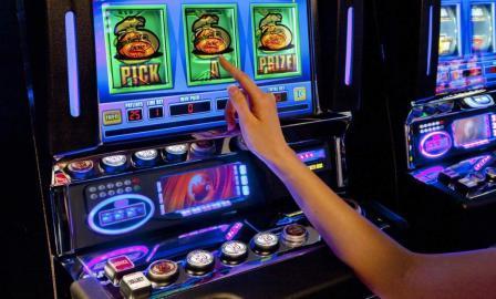 Обзор официального казино Вулкан.