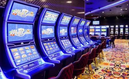 Обзор популярного казино 777 Free Slots.